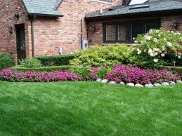 Small Picture Wonderful Green Landscaping Ideas For Front Yard Flower Beds