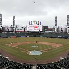 What To Eat At Guaranteed Rate Field Home Of The Chicago