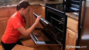 homes com diy experts how to clean the inside of oven glass doors you