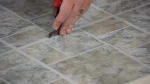 how to remove glue from flooring after