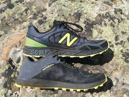 new balance vazee summit v2. you can see the difference in stack height between low to ground vazee summit new balance v2 r