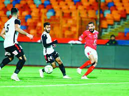 الأهلي يطالب بحكام أجانب لمبارياته في كأس مصر والسوبر - العهد أونلاين