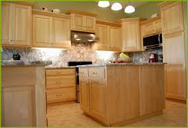 kitchen designs with maple cabinets glamorous kitchen design pictures maple cabinets amazing light maple kitchen cabinets of kitchen design pictures maple