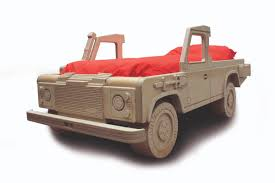 gift ideas for the land rover enthusiast in your life landroveraddict land rover defender 250 10 land rover gift ideas