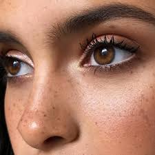 pretty and natural makeup ideas for brown eyes 20