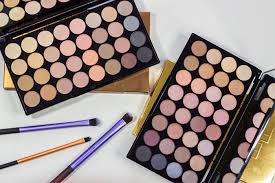 makeup revolution flawless beyond flawless matte3
