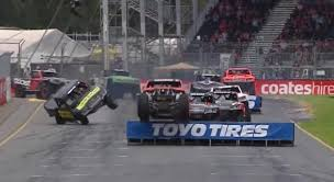 Stadium Super Truck Racing Is Absolutely Bonkers And We Love It - Digg