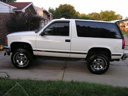 FS: 1999 Chevy Tahoe 4x4 2Dr