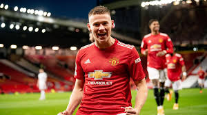Manchester united youngster scott mctominay has chosen to play for scotland over england according to reports. Manchester United S Harry Maguire Scott Mctominay Display One Of The Best Performances I Ve Seen Eurosport