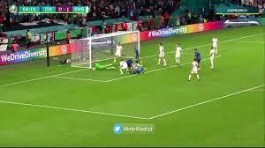 بونوتشي يحرز هدف تعادل ايطاليا ضد إنجلترا بالدقيقة 67 بنهائى اليورو.. فيديو  – يوم نيوز