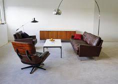 knoll eames chair. Eames Lounge Chair Und Bogenleuchte - Klassisches Wohnzimmer Knoll
