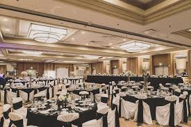 elegant black and white wedding black white gold wedding with glitter details in newport beach