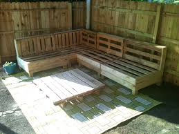 outdoor pallet furniture ideas. Living Room Neutral Wood Pallet Sofa Couch Diy Bench Ideas Benches Green Carpet Outdoor Furniture