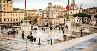 METEO ROMA – NUBI e SCHIARITE sulla città, ma da domani torna la PIOGGIA;  le previsioni