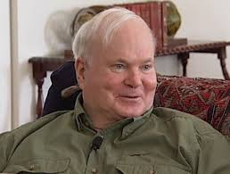 Thousands pay final respects to Pat Conroy at Beaufort visitation
