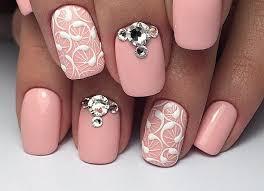 Nehty Růžové S Květinami Zvažte Barvu Pleti Jemně Růžová