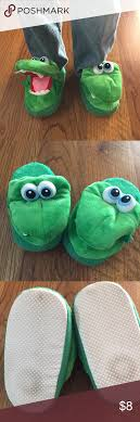 Stompeez Bedroom Slippers Childs Growling Dragon Stompeez