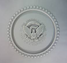 lbj oval office. presidential seal on the ceiling of oval office lbj