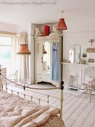 Antique Bedroom Decor Unique Ideas