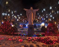 La Salette Christmas Lights 2016 These Amazing Christmas Events In New England Will Get You