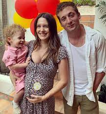 Shameless ' Jeremy Allen White, Wife Addison Timlin Welcome Daughter  Dolores Wild