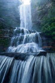Layers of Katoomba Falls — Chungy ...