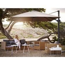 modern square outdoor garden pole