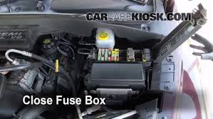blown fuse check 2004 2009 dodge durango 2004 dodge durango slt 6 replace cover secure the cover and test component