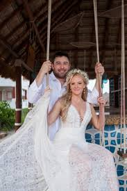 Real Wedding: Annalisa + Mike :: Beach Boho Wedding in Rish Kaitlin a&bé  bridal shop