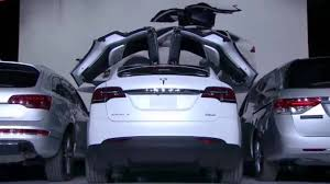how tesla car works how tesla model x falcon wing door works youtube