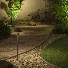 Side Yard Lighting Landscape Lighting Guide Landscape Lighting Tips At Lumens Com