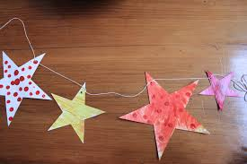 How To Make A Christmas Star With Chart Paper Dashing Instructions Christmas Star Arts And Crafts How To