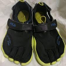 Fila Skele Toes Barefoot Skeletoes Vibram Sole Fits Womens