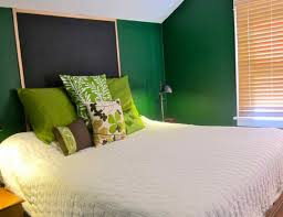 Lime Green Bedroom Accessories Bedroom Very Small Ideas For Young Women Window Sloped Ceiling Gym