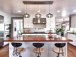 Hanging Light Over Island With How Many Pendant Lights Should Be Used A  Kitchen And 6 3 Blog 20Image On Category 830x622 Lighting 830x622px