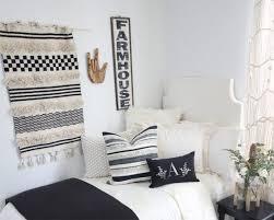 5 cottage style dorm décor ideas we