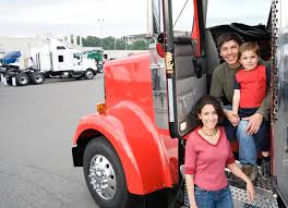 「american trucking industry, female drivers」の画像検索結果