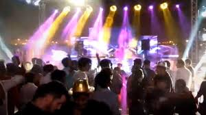 Welcomes With Entertainment Times Videos Bang A Of 2019 India Kerala RUd6AwqU