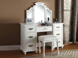 Small Vanity Set White Bedroom Vanities And Small Vanity Set For ...