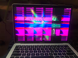 Màn hình macbook pro bị sọc ngang sọc dọc nhòe nhiễu vỡ ảnh