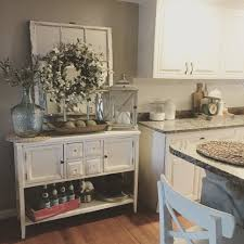 Kitchen Decorating Themes Kitchen White Farmhouse Kitchen With Peninsula Kitchen Decor