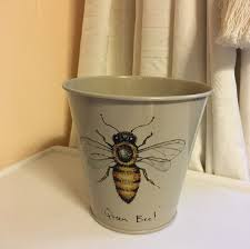 Queen Bee Colour Chart Queen Bee Plant Pot