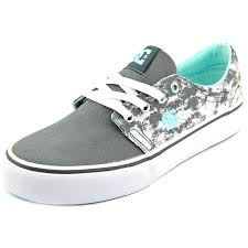 dc shoes for men low cut. get your workout on in these comfortable and powerful dc shoes women\u0027s \u0027trase tx se dc for men low cut u