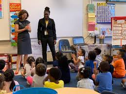 "Steve Walts on Twitter: ""Ms.Lennon, kindergarten teacher, is the daughter  of Fanny Fitzgerald and teaches @FFES_PWCS Her class enjoyed a visit today  from @FirstLadyVA… https://t.co/XwzFMaUp8z"""