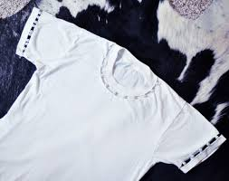 diy t shirt cut out sleeves and collar with pearls