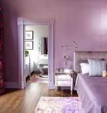 Shiny levender walls