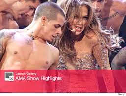 casper smart and jennifer lopez dancing. casper smart and jennifer lopez on stage dancing
