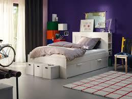 Ein bis zwei typische schränke für das wohnzimmer sind vitrinen. Schlafzimmer Ideen Inspirationen Ikea Deutschland