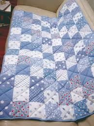 Make A Patchwork Quilt – The Easy Way | Turquoise Textiles & Patchwork quilt - detail Adamdwight.com