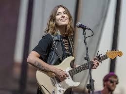February 12th Featured Artist – Rebecca Lovell! - Go Guitar